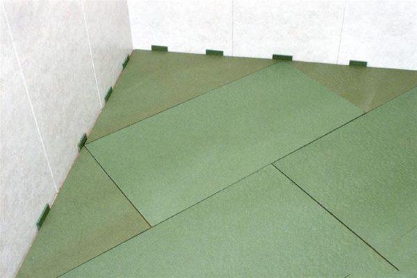 Пример укладки еловой подложки.