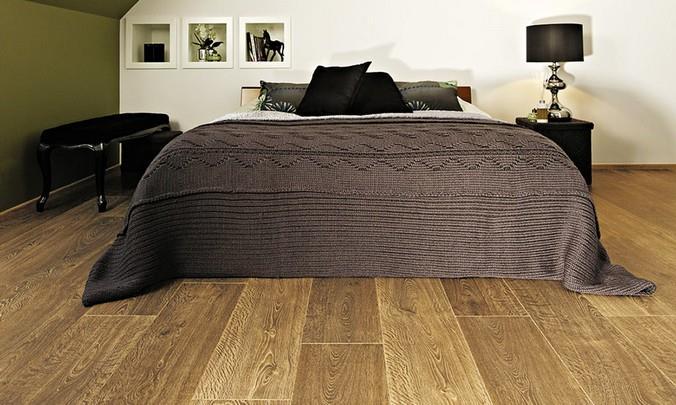 Интерьер спальни с напольным покрытием из Дуба натурального (коллекция Harmony)