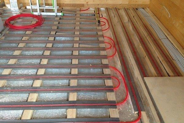 Специфика сооружения по деревянным полам