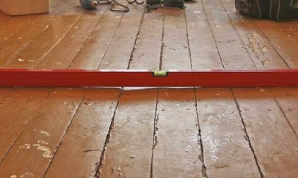 Деформация деревянного пола