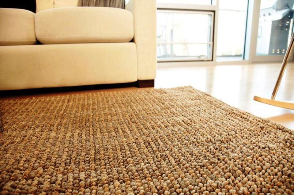 Бамбуковое ковровое покрытие поглощает шум и улучшает звукоизоляцию