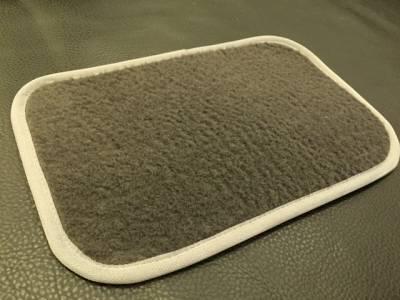 Что такое автомобильный ковролин