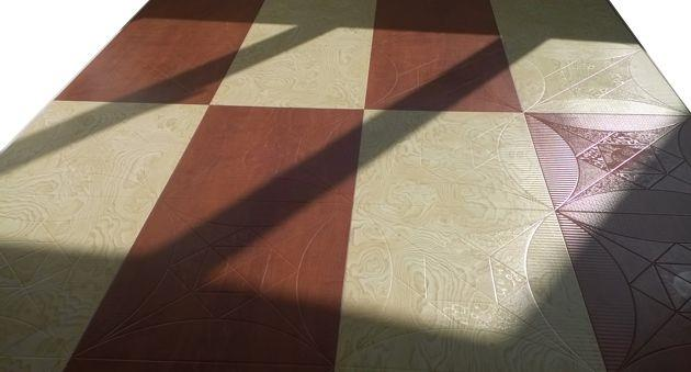 Укладка в шахматном порядке 3D-ламината SHINEWOOD (артикул К4 и К2).