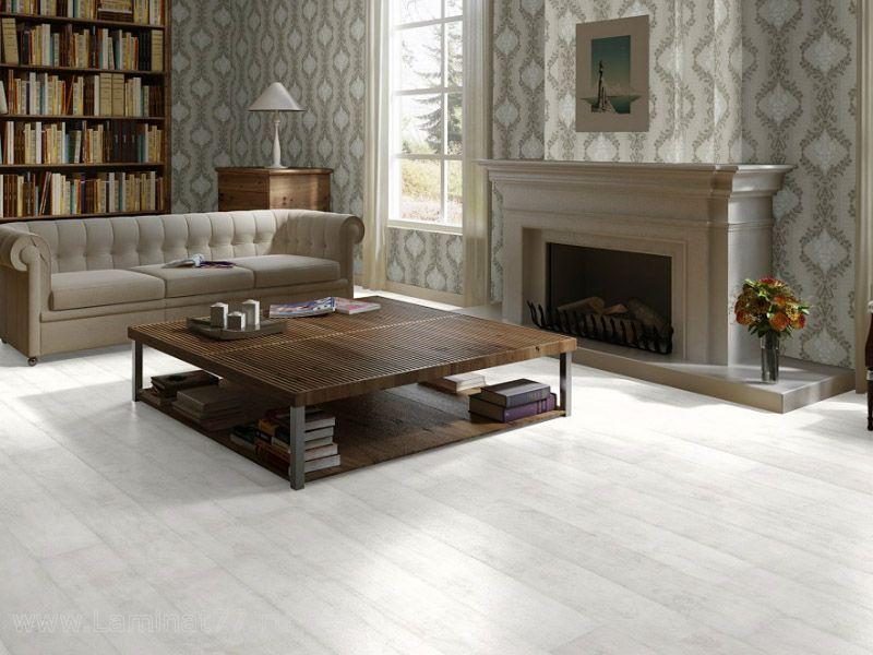 Белый ламинат в гостиной в стиле кантри