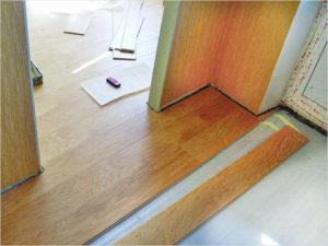 Как уложить ламинат в дверном проеме