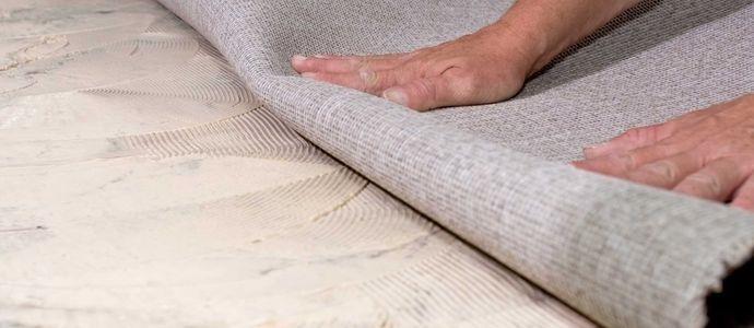 Укладка ковролина с подложкой