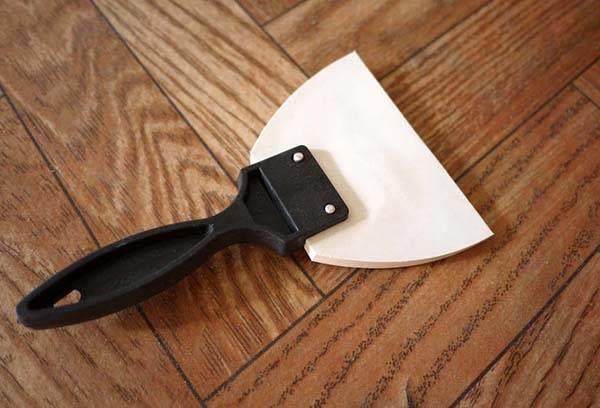 Шпатель для затирки плиточных швов