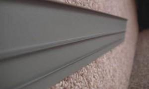 Как выбрать и смонтировать плинтус для ковролина