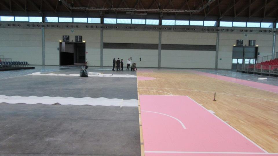 -Новое сборно-разборное напольное покрытие было официально представлено в Римини по случаю RNB Basketball Festival 2016