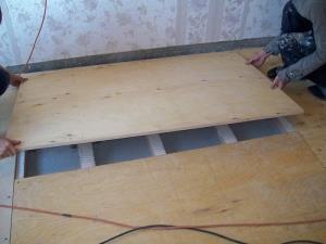 Монтаж фанеры на деревянный пол