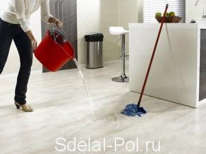 Влагостойкий ламинат можно спокойно мыть