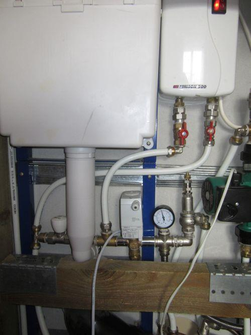 Подключаем электрический водонагреватель