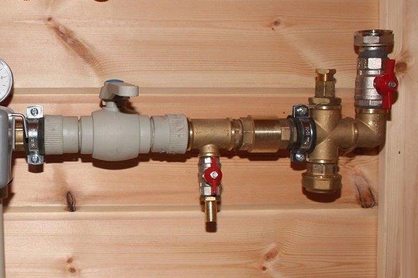 Обратный клапан перед входом в бойлер