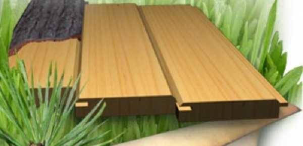 На пол традиционно кладут древесину хвойных пород