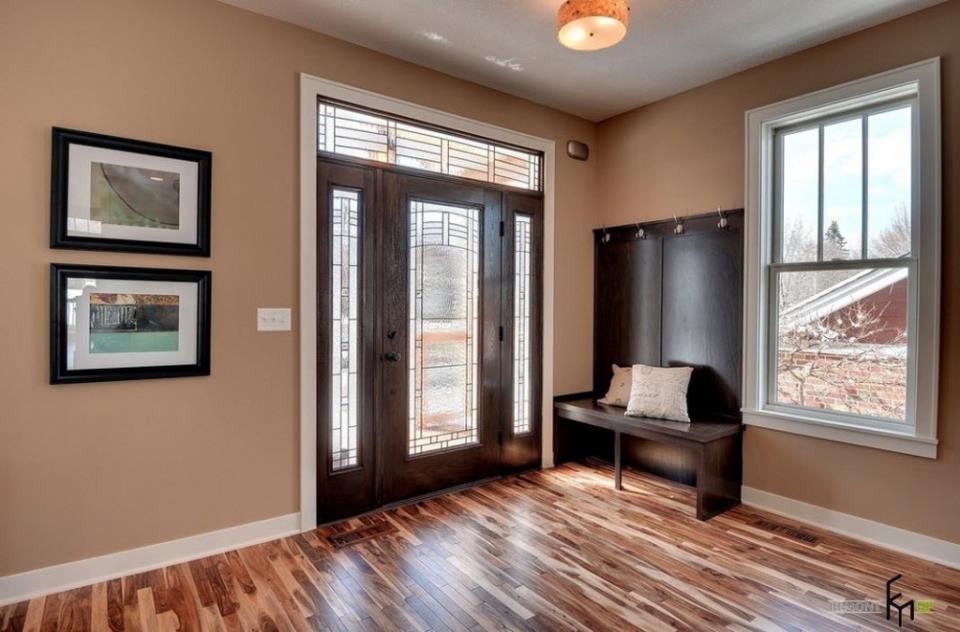 Комбинированный ламинат и дверь