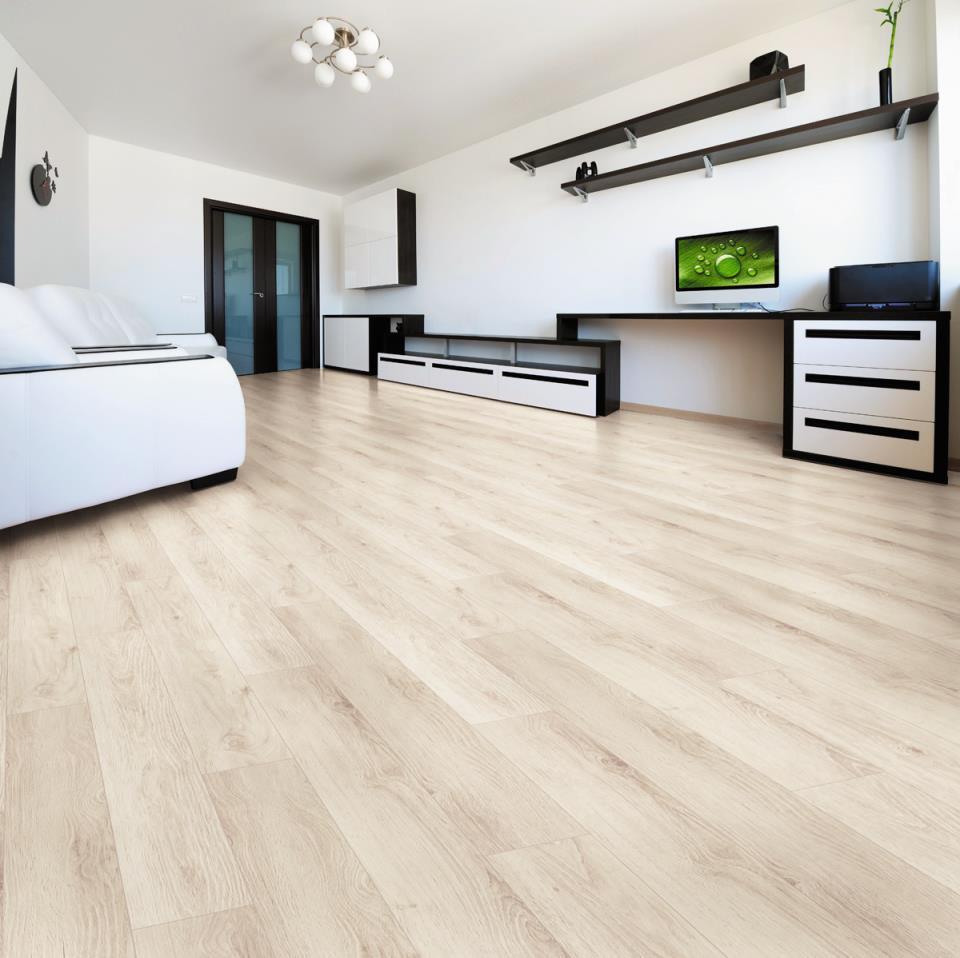 Ламинат на полу в квартире