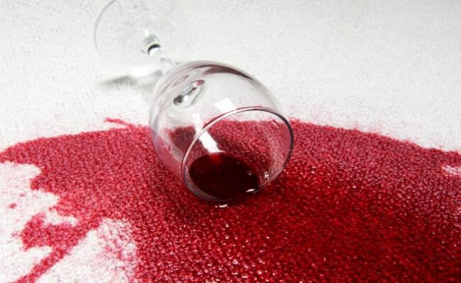 разлито вино