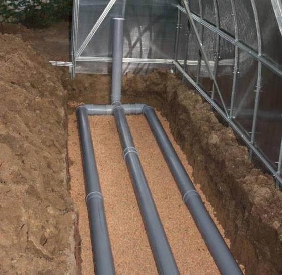 Как устроить водяной теплый пол в теплице