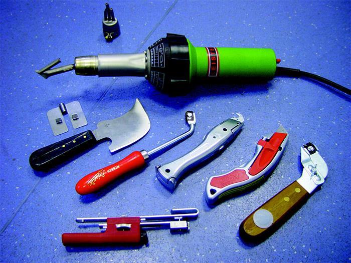 На фото необходимые инструменты