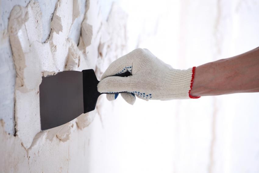 Основным этапом подготовки поверхности перед укладкой плитки является выравнивание поверхности с помощью штукатурки