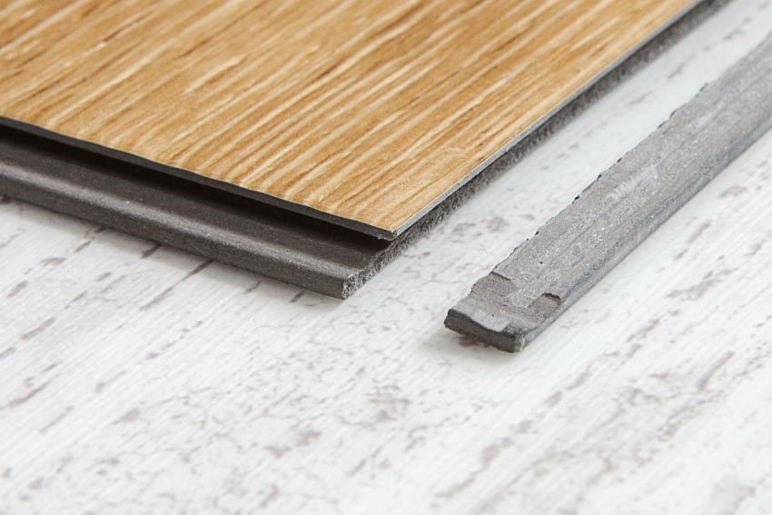 Замковая кварцвиниловая плитка универсальна по способу монтажа и не требует укладки подложки