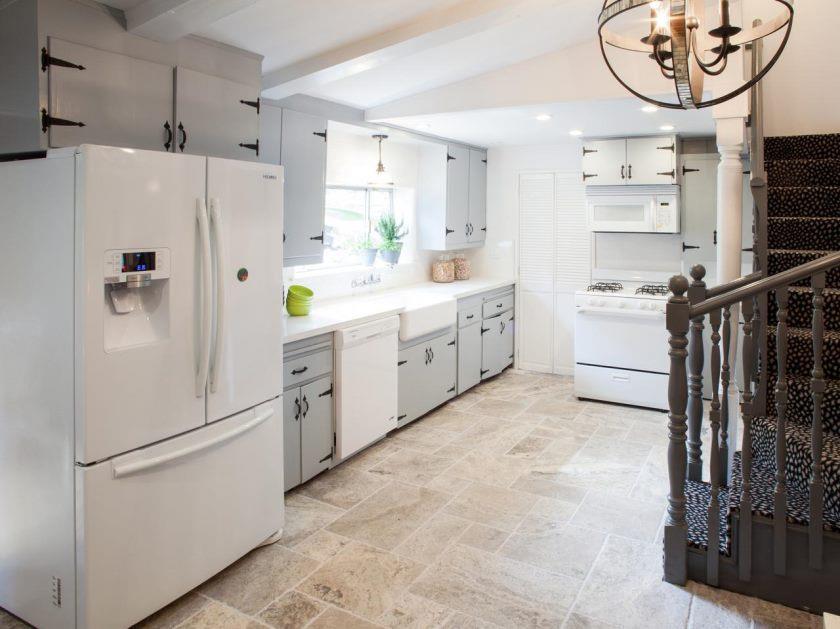 bp_hhurt312_white-and-grey-kitchen-after_h-jpg-rend-hgtvcom-1280-960