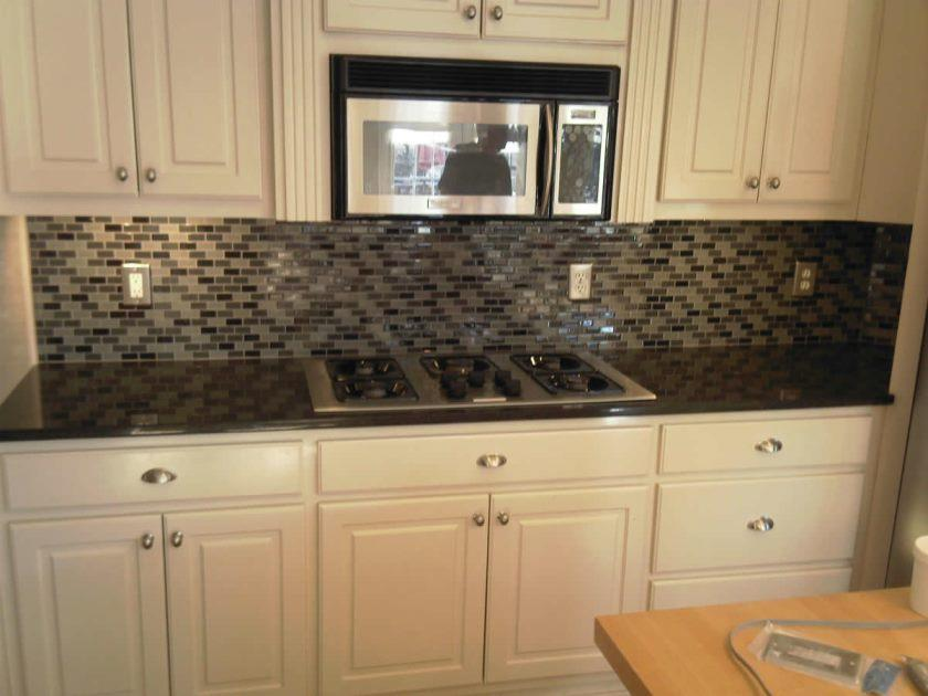 glass-tile-kitchen-backsplash-ideas-kitchen-kitchen-tile-backsplash-ideas-image
