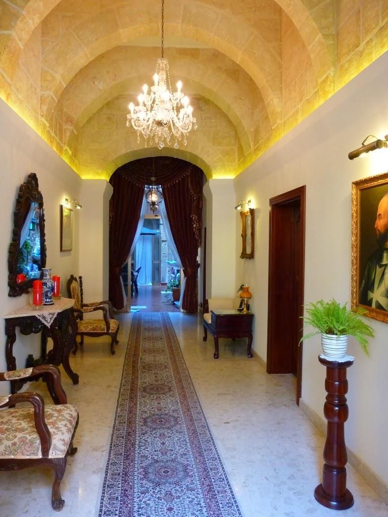 entrance-hall-14