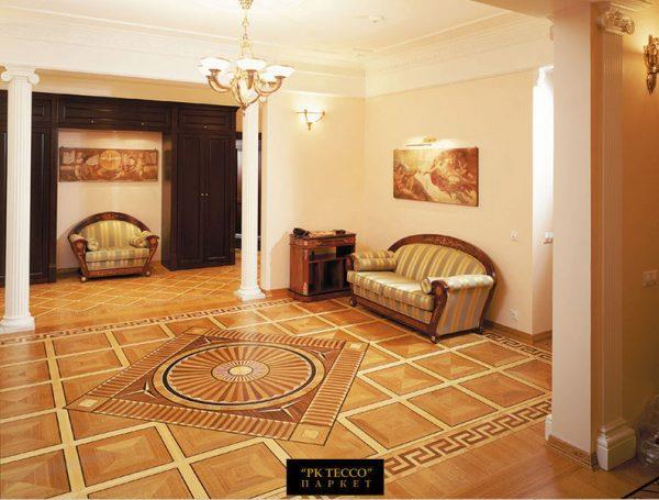 Художественный ламинат лучше смотрится в больших помещениях