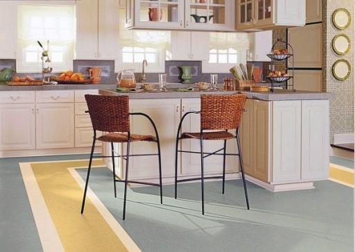 Нетрадиционная укладка линолеума на кухонном полу