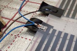фото: Монтаж контактов ИК системы