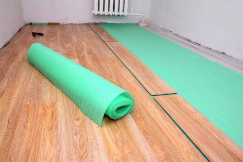 синтетическая подложка под линолеум на деревянный пол