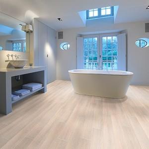Фото: Вид в интерьере ванной