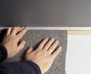 sposoby-ukladki-kovrolina-na-betonnyj-pol
