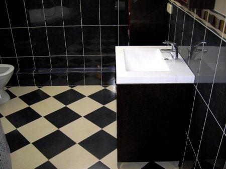 Готовая отделка пола в ванной комнате