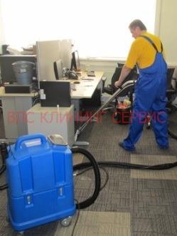 Очистка плиточного коврового покрытия