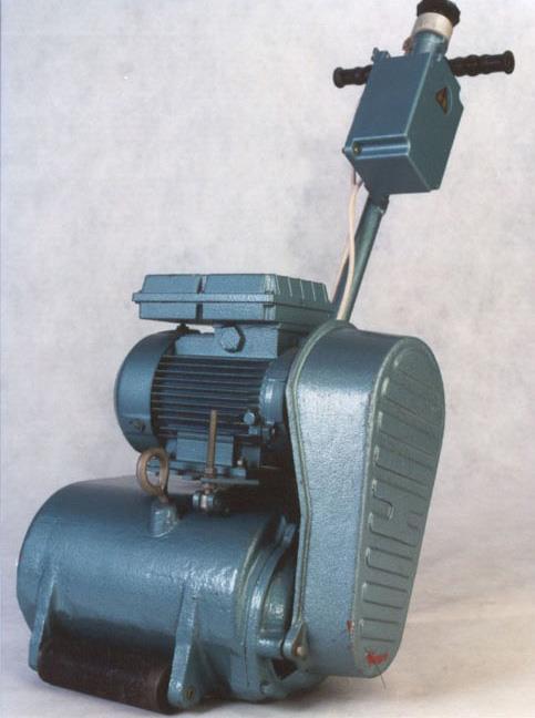 циклевочная машинка строгальная