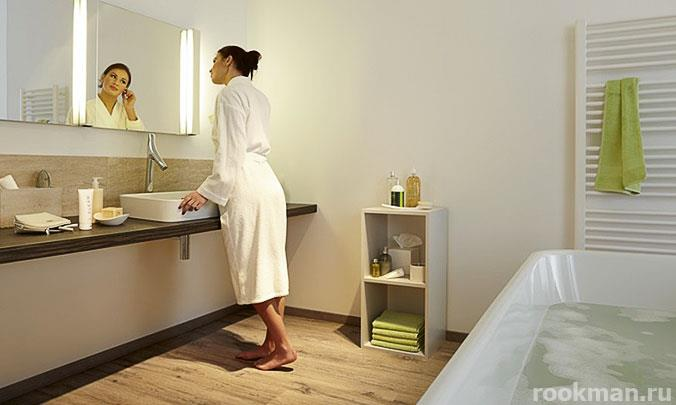 Ламинат Egger 33 класса водостойкого толщиной 12 мм в ванной комнате