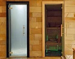 Выбор и установка стеклянных дверей