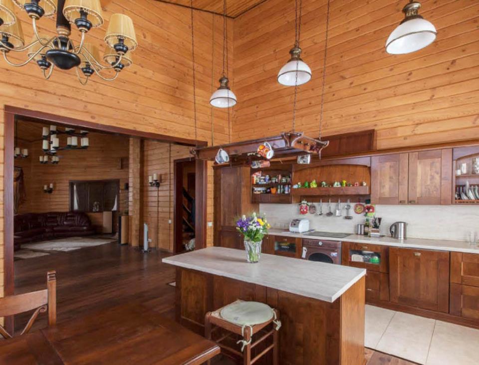 Вагонка в интерьере кухни