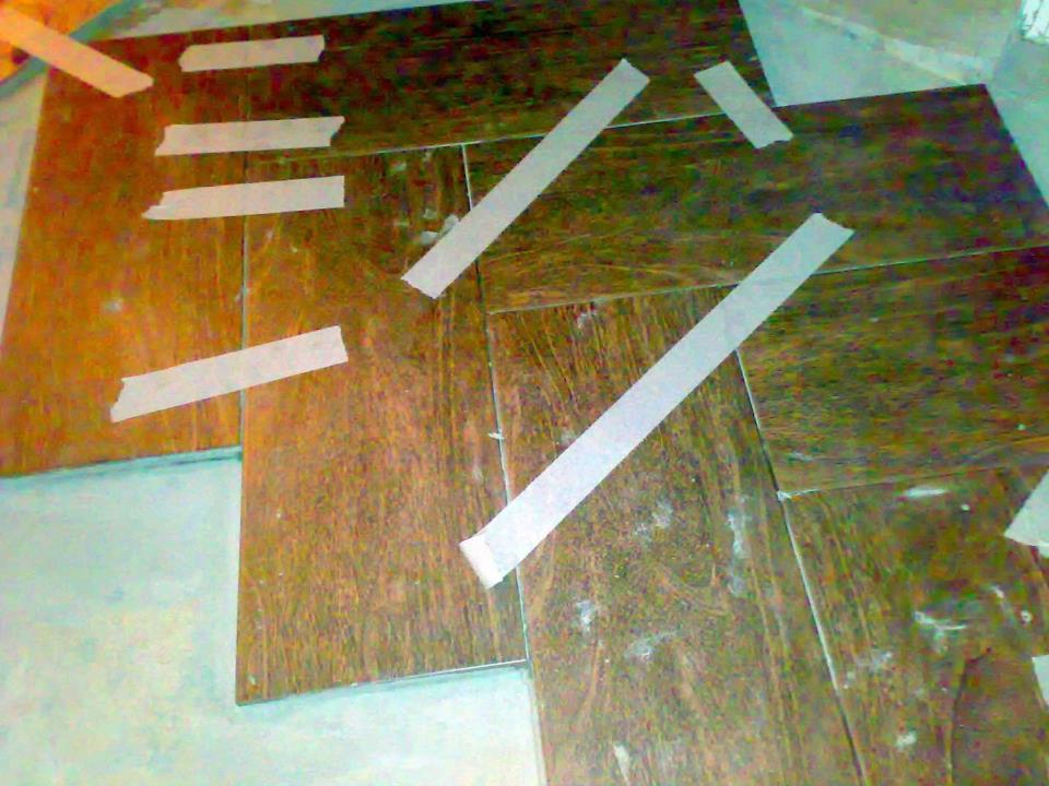 пример укладки пола плиткой по диагонали поэтапно