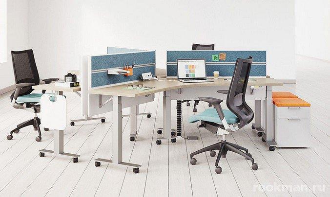 Фото белого ламината 12 мм в интерьере офиса веб-студии