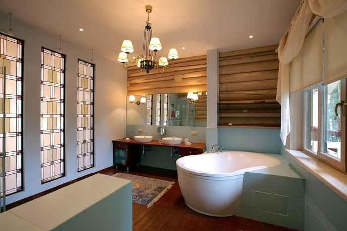 Дизайн потолка в спальне и темно коричневая мебель в интерьере
