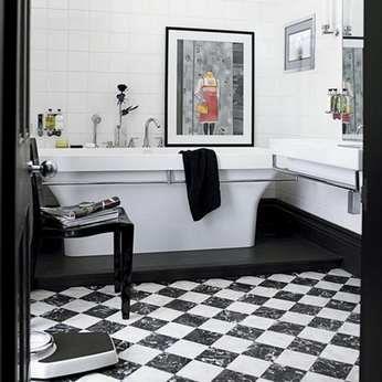Черно-белая напольная плитка
