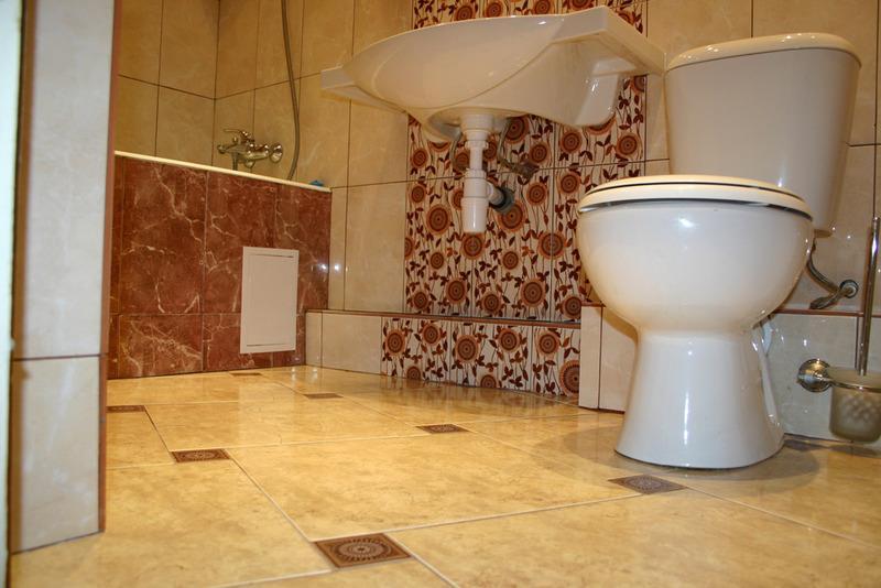 Ремонт пола в ванне