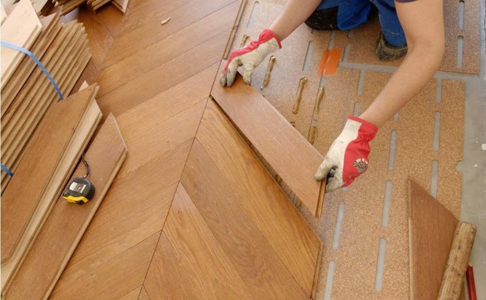 От выбора напольного покрытия и конструкции пола зависит красота помещения и гармоничность интерьера