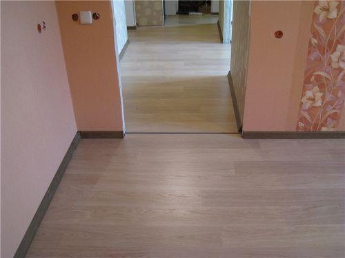 Ламинат в коридоре