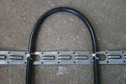 Закрепленный виток кабеля