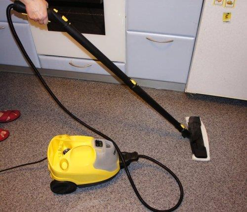 Использование парогенератора для мытья линолеума