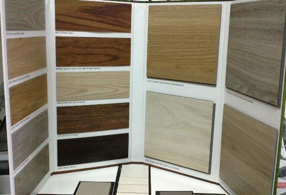 Виниловое покрытие — это отличный материал, который на полу будет смотреться эстетично и красиво